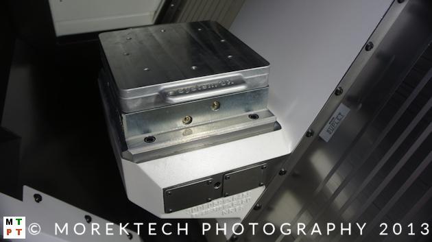 Ustalenie i zamocowanie przedmiotu - system paletowy w obrabiarce.