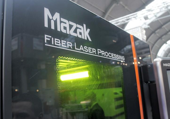 STOM 2016 - Wycinarka laserowa firmy MAZAK.