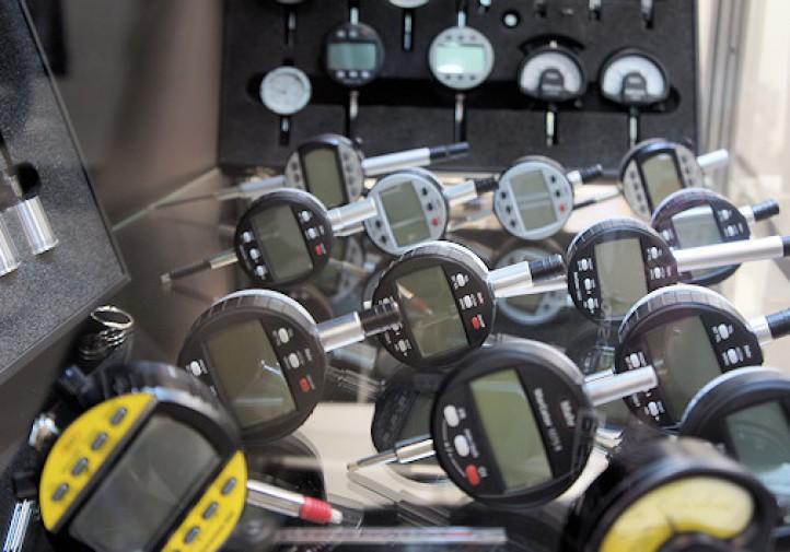 Metrologia - Przykłady elektronicznych czujników zegarowych - MAHR - TOOLEX 2015