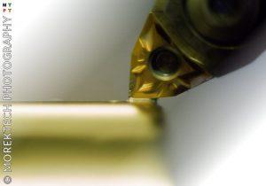 zużycie - nóż tokarski z płytką skrawającą